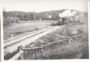 Grycksbo-Lustebo L33-37 med persontåg